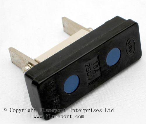 small resolution of memera 3 four way plastic rewireable fusebox plug fuse box wylex fuse box bs number
