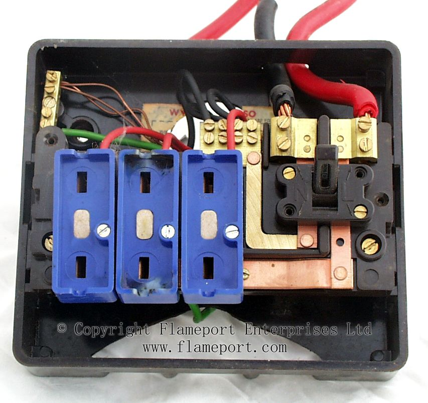 wiring diagram 3 way switch ways wylex standard brown plastic fuseboxes
