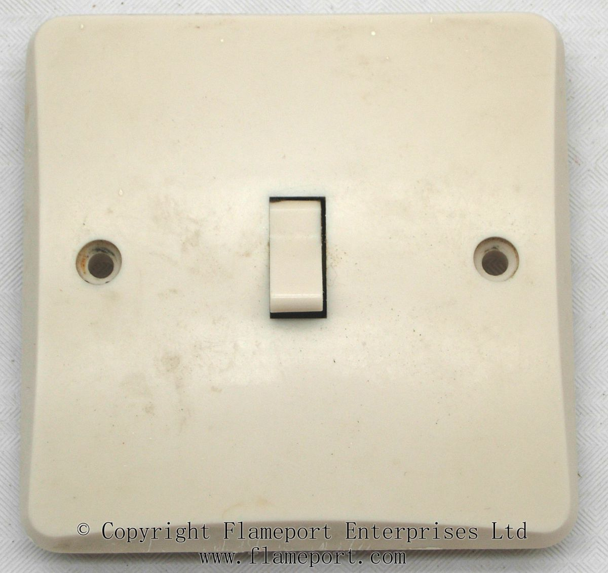 Light Switch No Wiring
