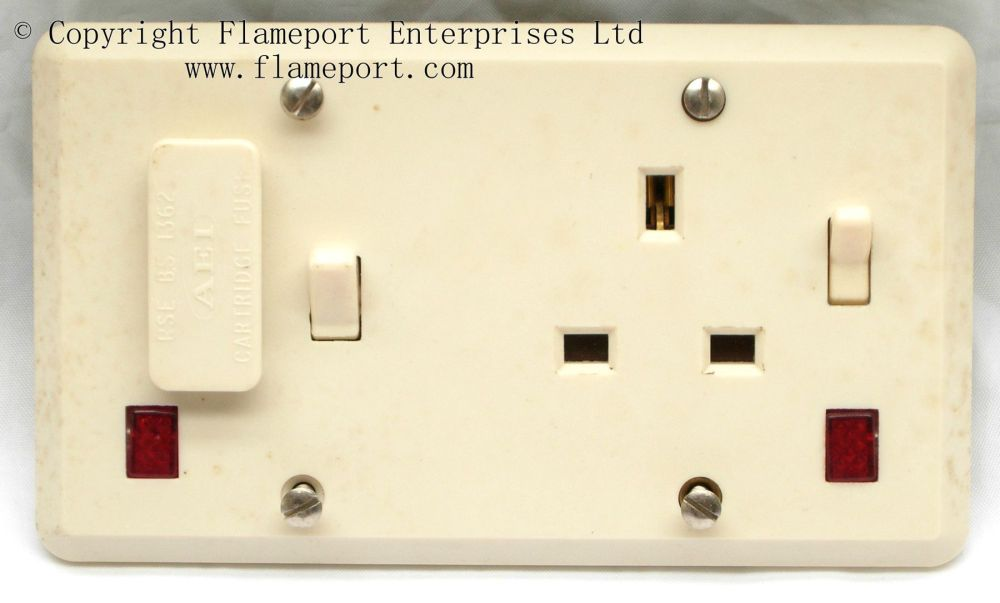 medium resolution of aei fused spur and single socket outlet