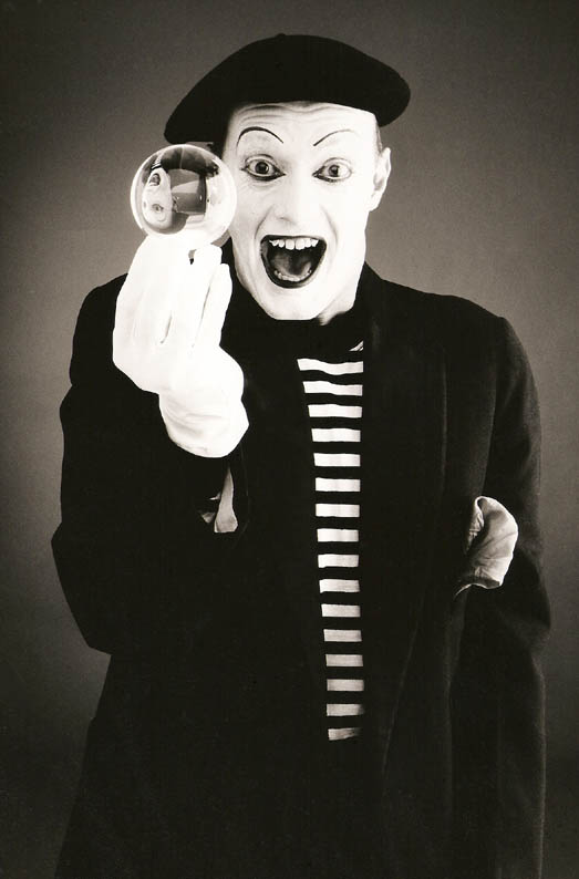 Mime Sinclair  Flaming Fun Event Entertainment Agent