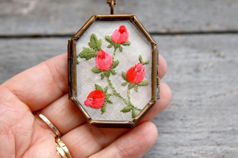 Pretty Vintage Handkerchief Necklace