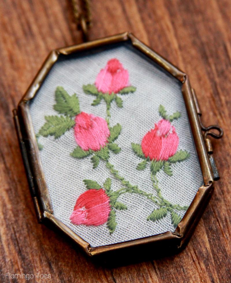 Vintage Handkerchief Necklace DIY