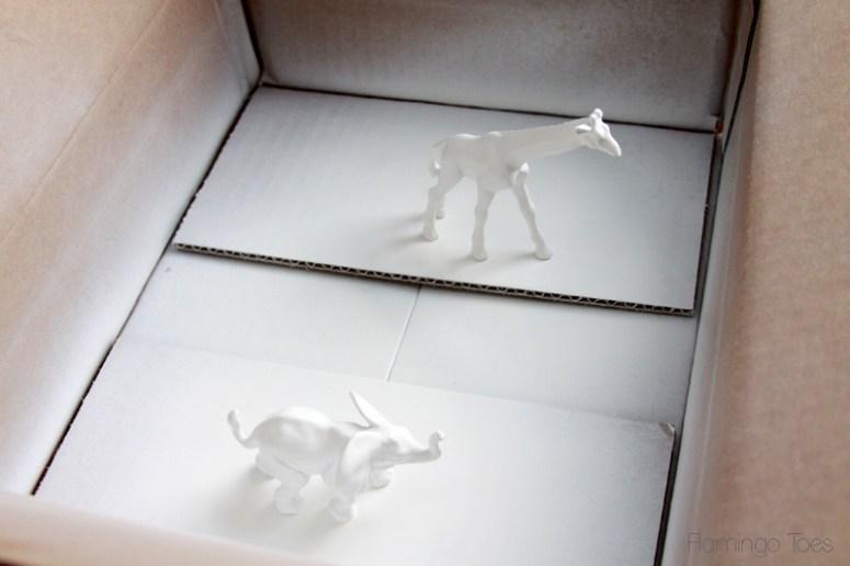 Spray-Paint-plastic-animals