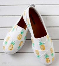 DIY Painted Pineapple Shoes