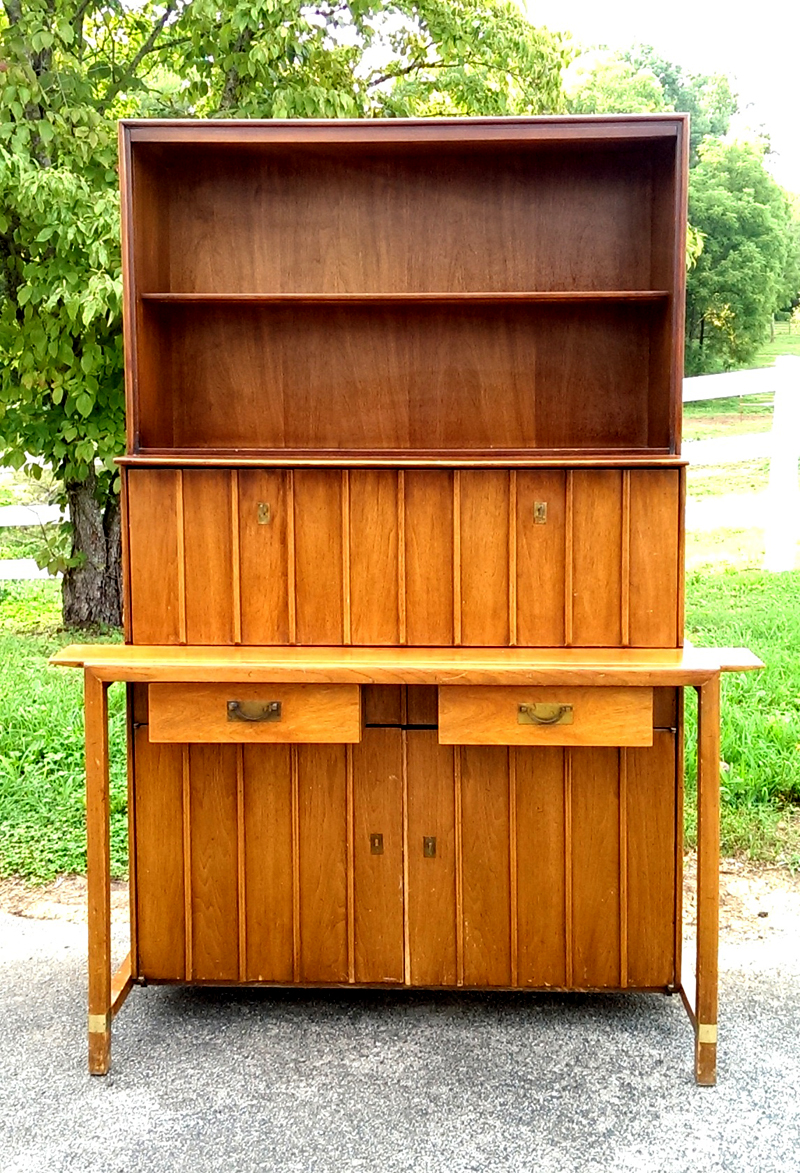 Mid Century Hutch Before