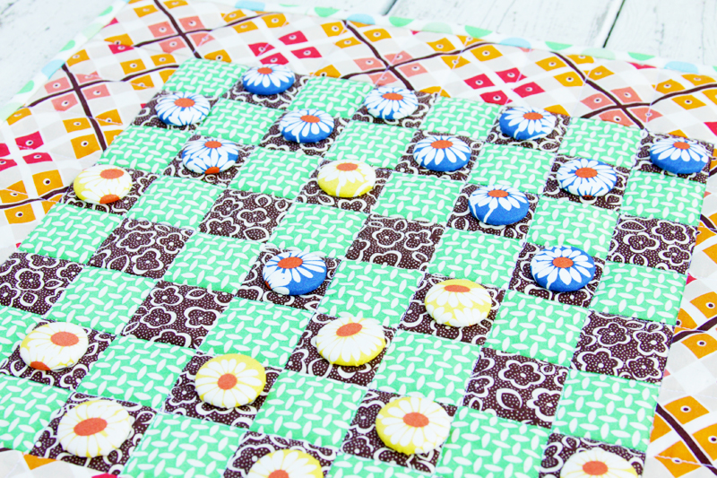 DIY Fabric Checkers Game