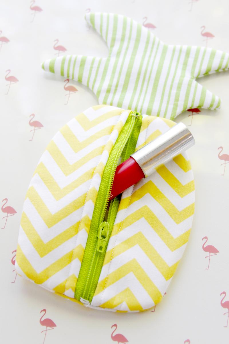 Summer Pineapple Zipper Pouch