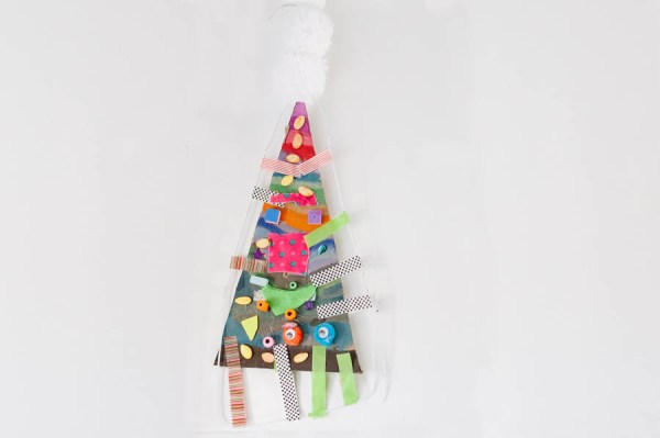 flash-bugs-christmas-tree-art-workshop-10-of-11