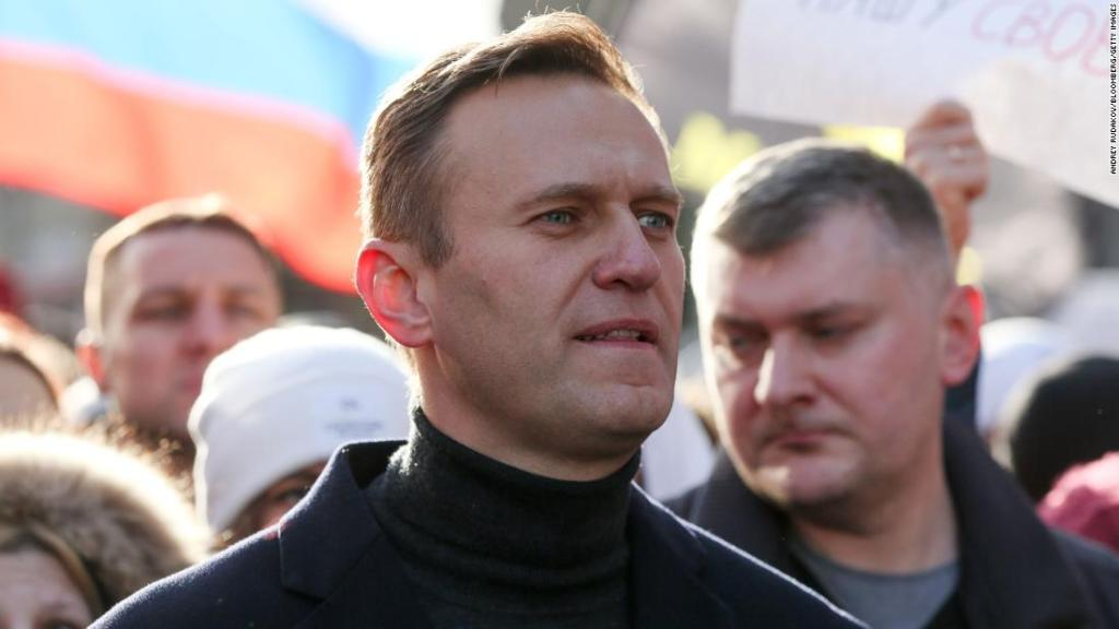 Alexey Navalny says he will return to Russia on Sunday after poisoning
