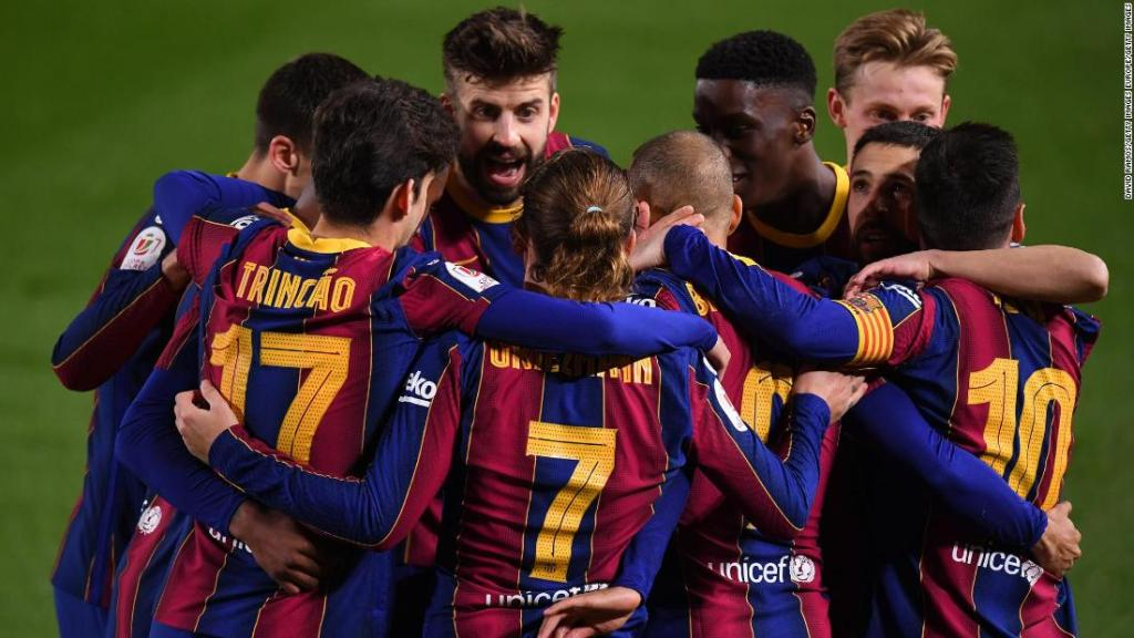 Barcelona given some respite from off-field issues with stunning comeback