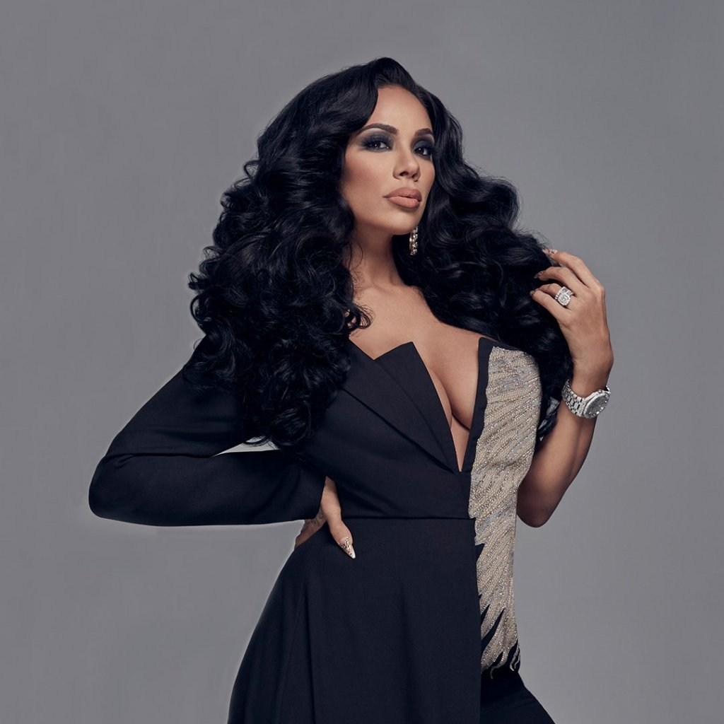 Erica Mena Shows Off A Gorgeous Outfit And Fans Are Proud Of Her Strength