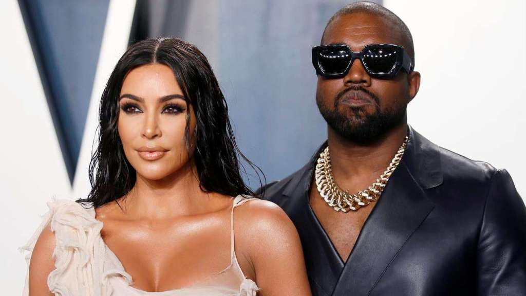 KUWTK: Kim Kardashian – Here's How She's Reportedly Dealing With The Stress Of Her And Kanye West's Failing Marriage!