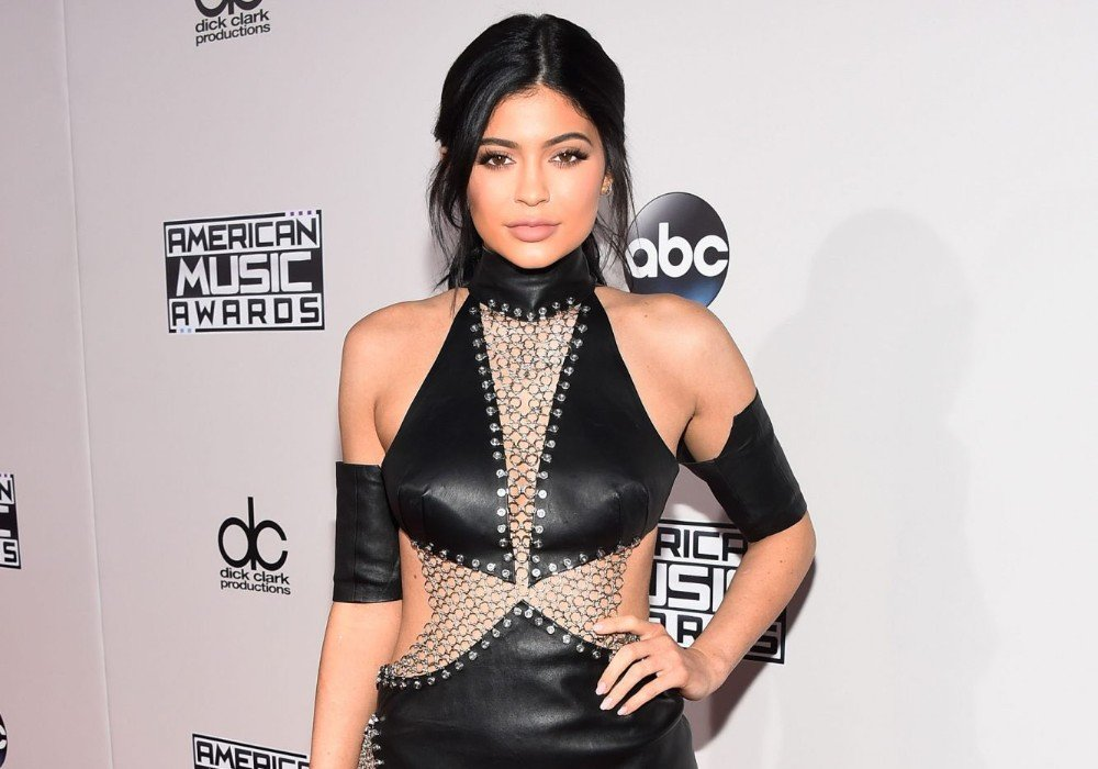 Kylie Jenner Slammed On Social Media For Saying She's 'Bored' While Practicing Social Distancing