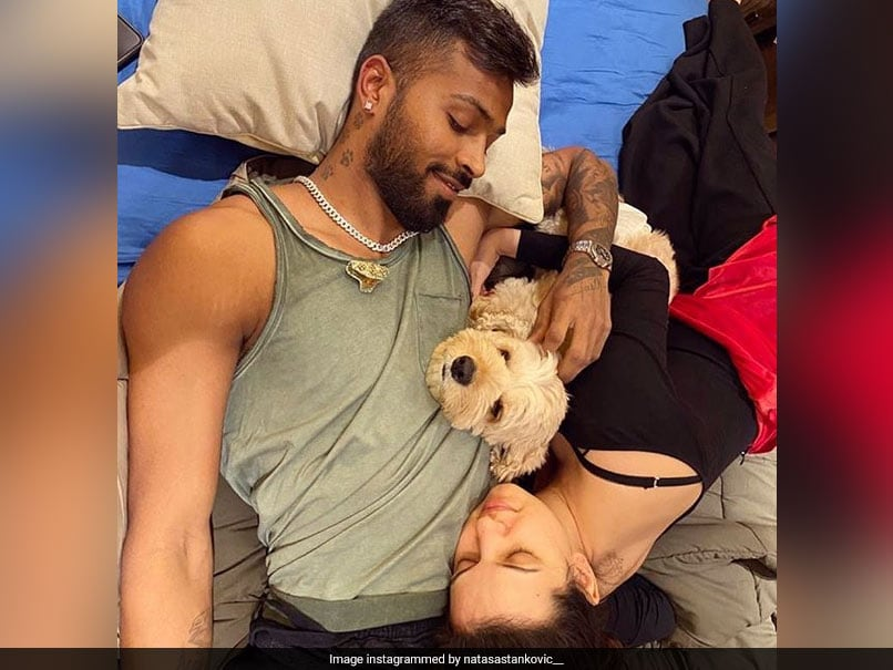 Natasa Stankovic Posts Loved-Up Picture With Hardik Pandya, Urges Fans To