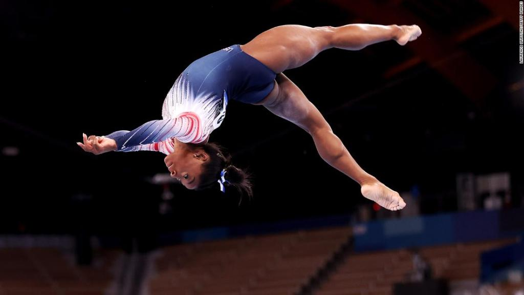 Simone Biles thanks Japanese gym where she secretly trained to regain her Olympic form
