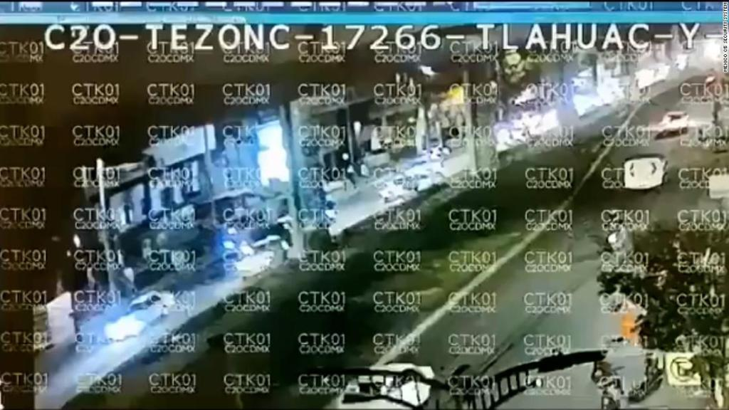 Video shows moment Mexico City metro overpass collapses - CNN Video