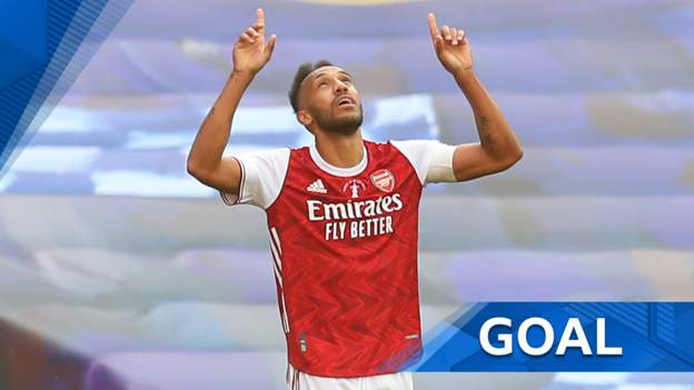 'Wow! What a finish!' Aubameyang's second puts Arsenal ahead