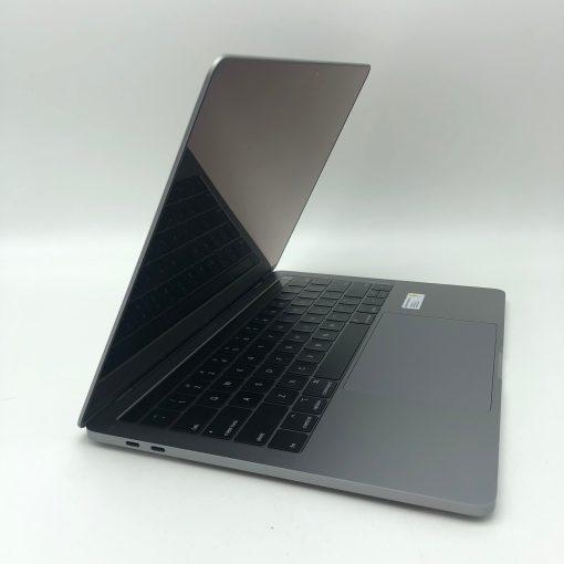 """IMG 1977 scaled Apple MacBook Pro 13.3"""" Retina TouchBar Grigio Siderale intel® Quad-Core i5 2.3GHz Mid 2018 (Ricondizionato)"""