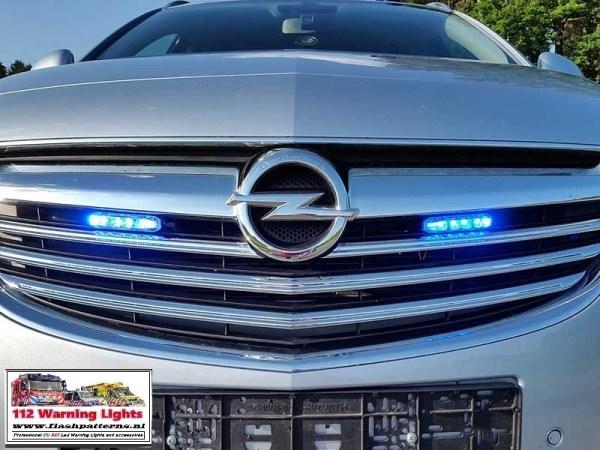 X6-911-signal-r65-led-flitser-blauw-opel-grill