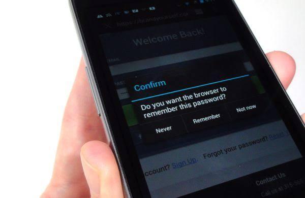 Jangan menyimpan password di peramban smartphone mu