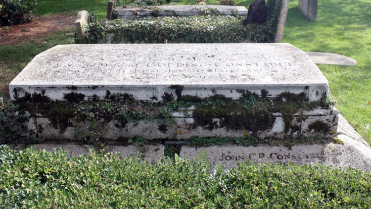 Photograph of the grave of Golding and Anne Constable - Constable Family Grave - East Bergholt Church
