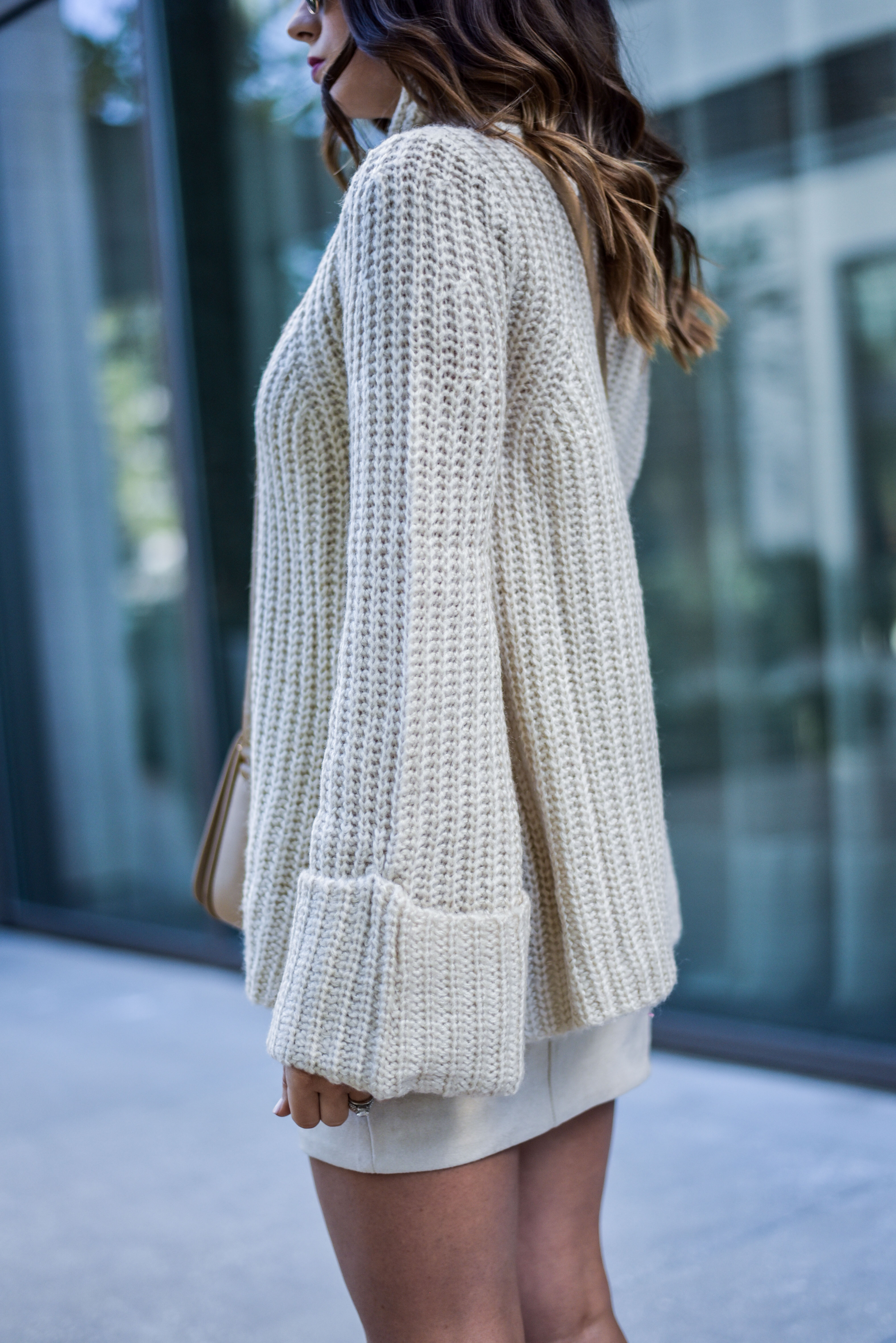 Flare sleeve sweater