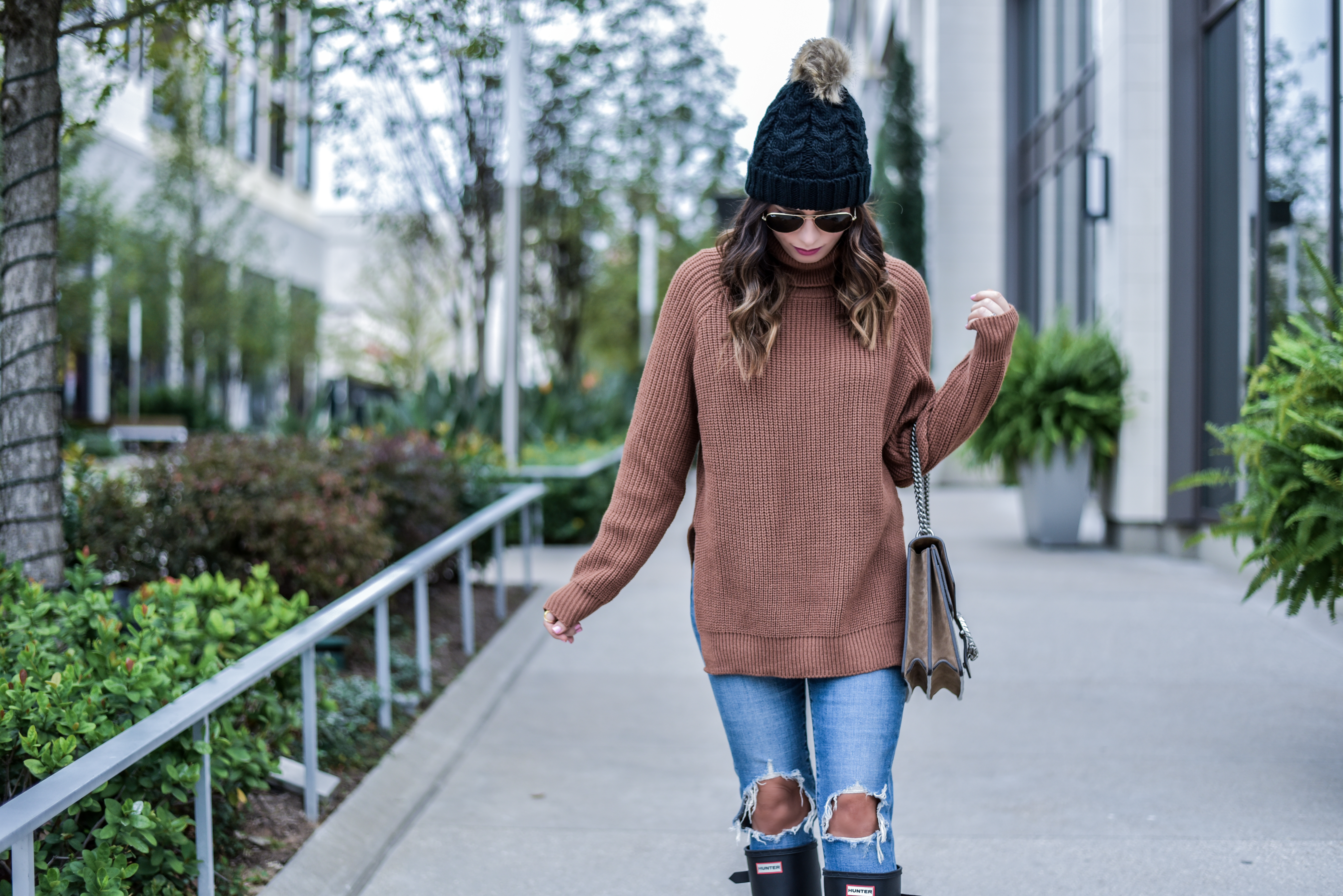 3 items you need this fall | Houston fashion blogger | #blog #hunerboots #Levis #beanie