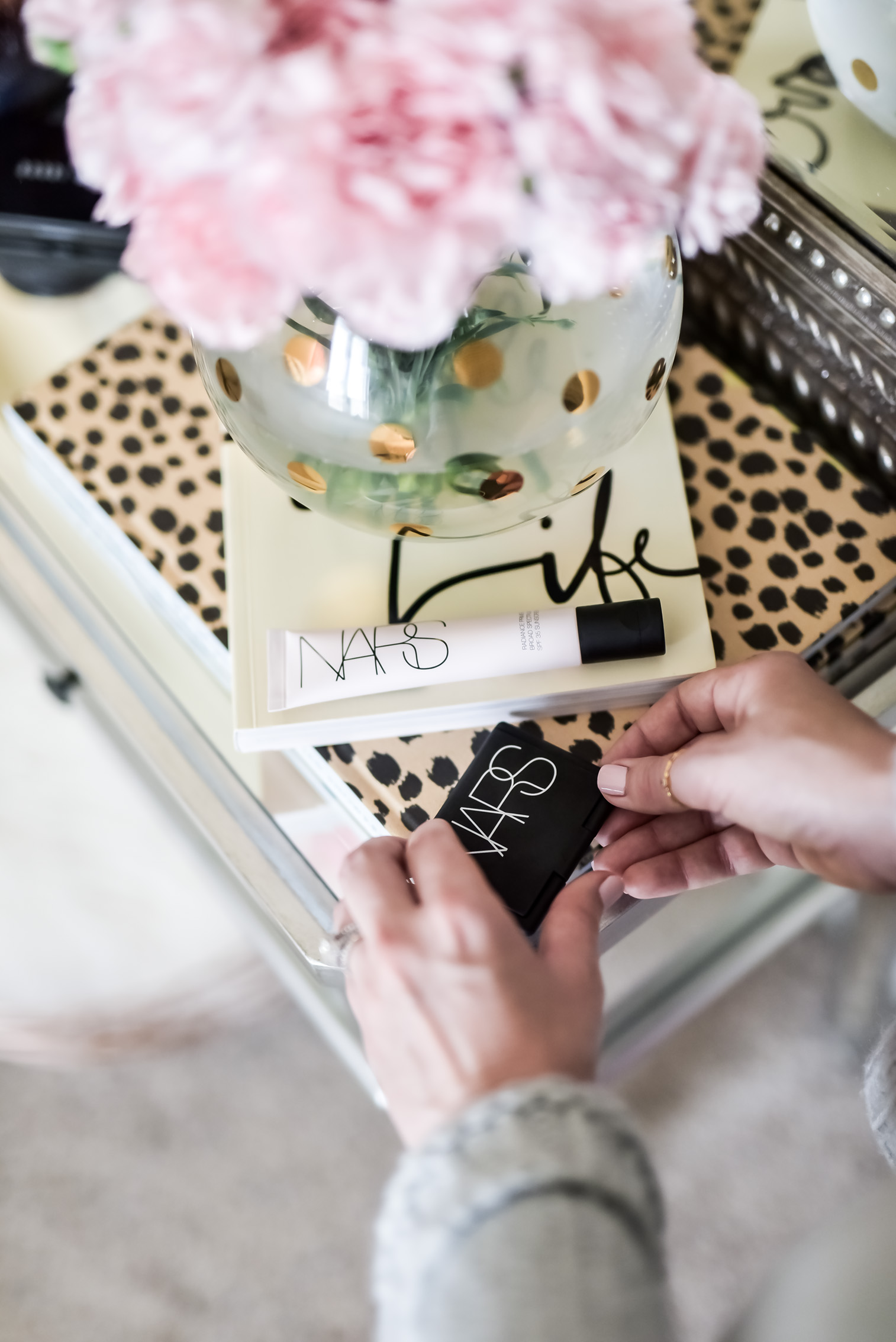 Houston fashion and lifestyle blogger Tiffany Jais sharing her 3 beauty favorites, click to read more | NARS Radiance primer