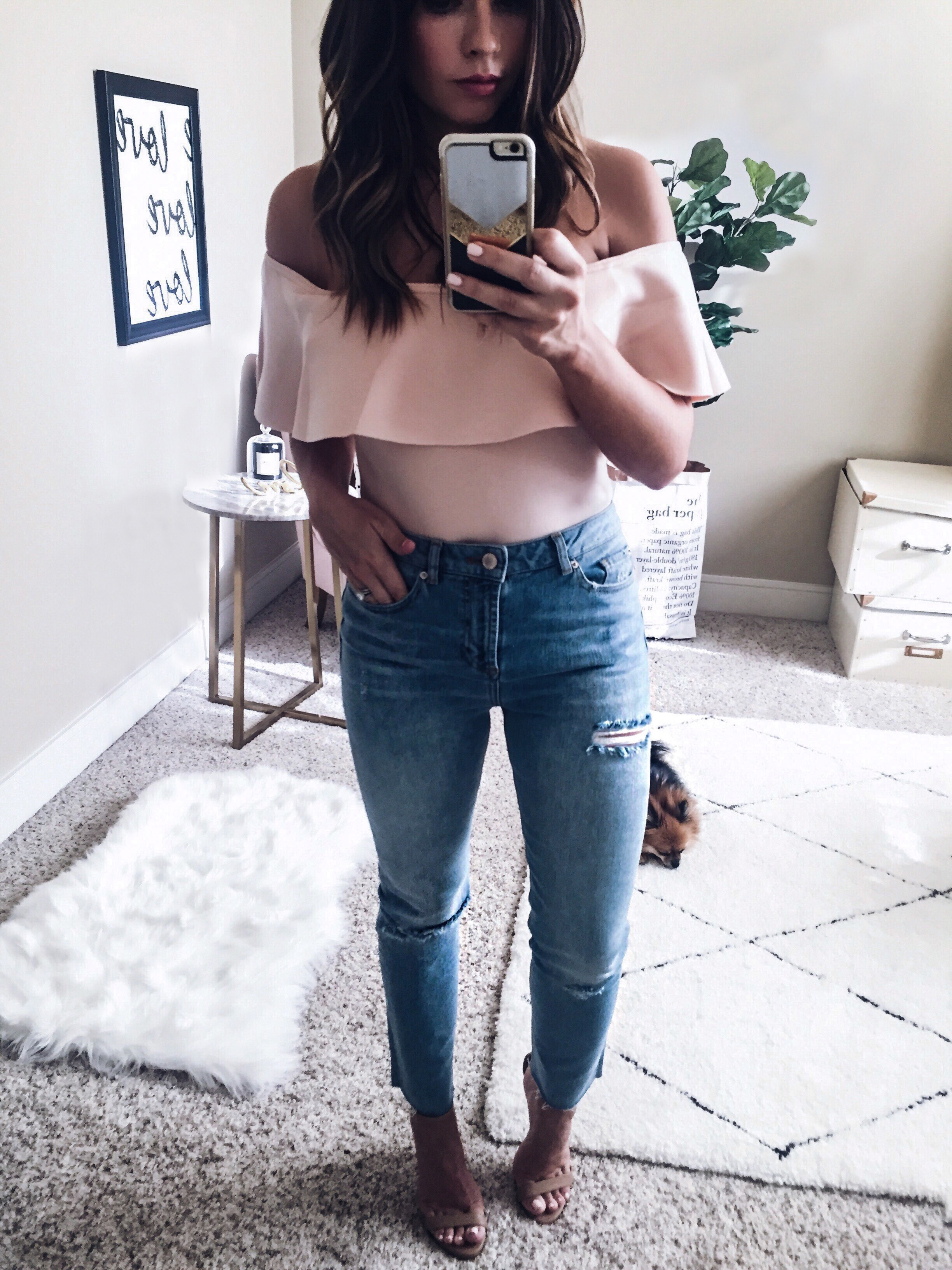 Houston fashion blogger doing a huge instagram roundup, click to read more! Bardot top, outfit ideas, off the shoulder tops, distressed jeans