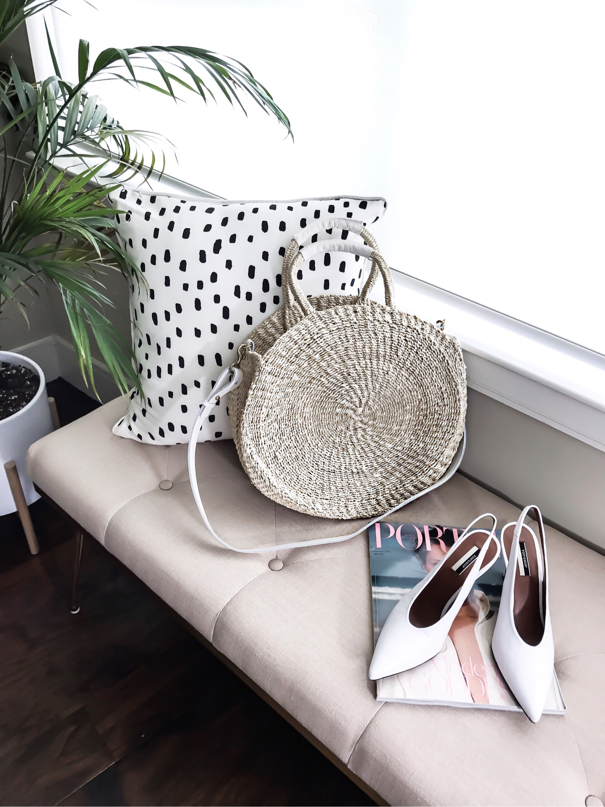 Tiffany Jais Houston fashion and style blogger of Flaunt and Center | Straw circle bag, white vintage heels