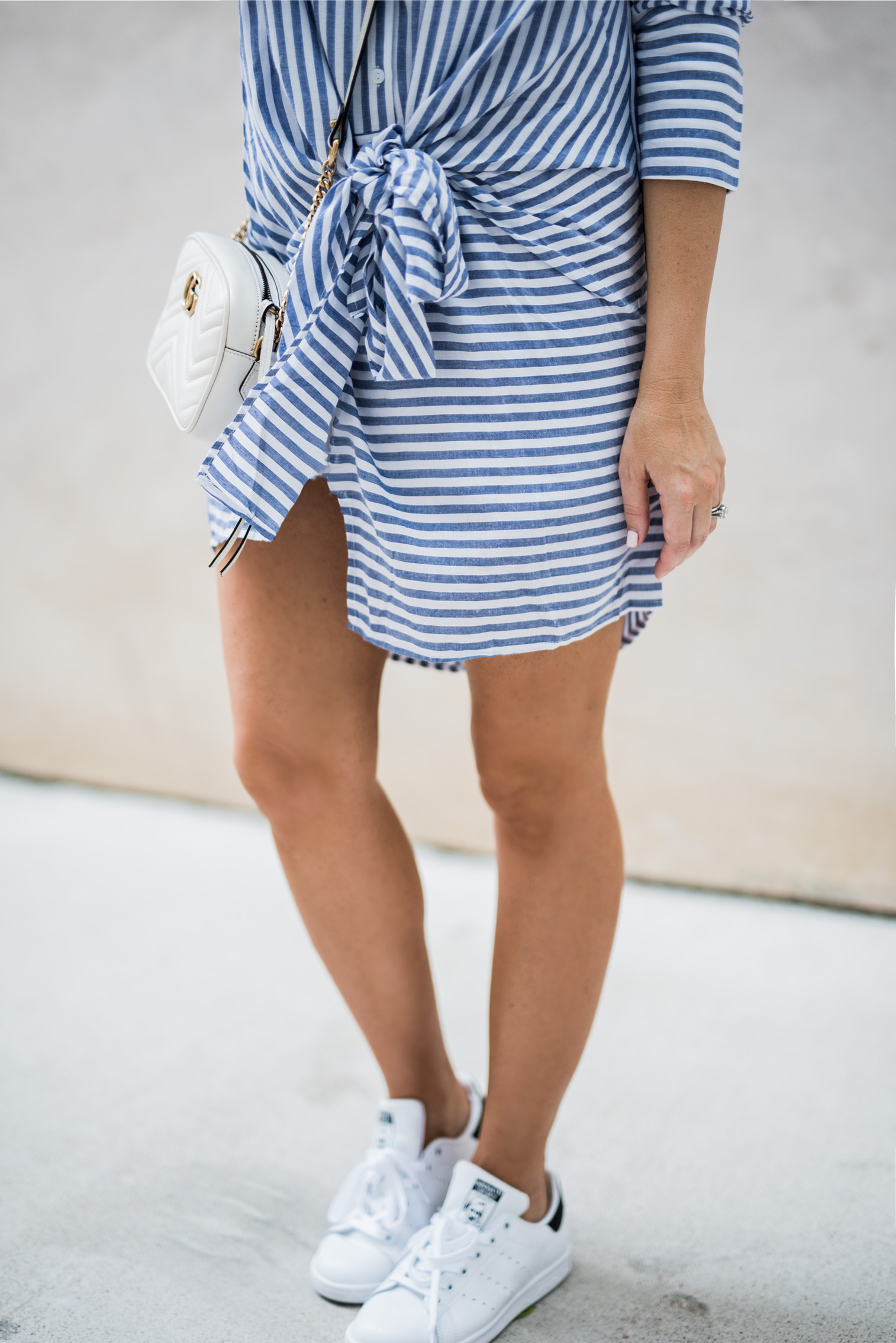 Tiffany Jais Houston fashion and lifestyle blogger | tie knot dress | gucci bag, stan smith sneakers, street style