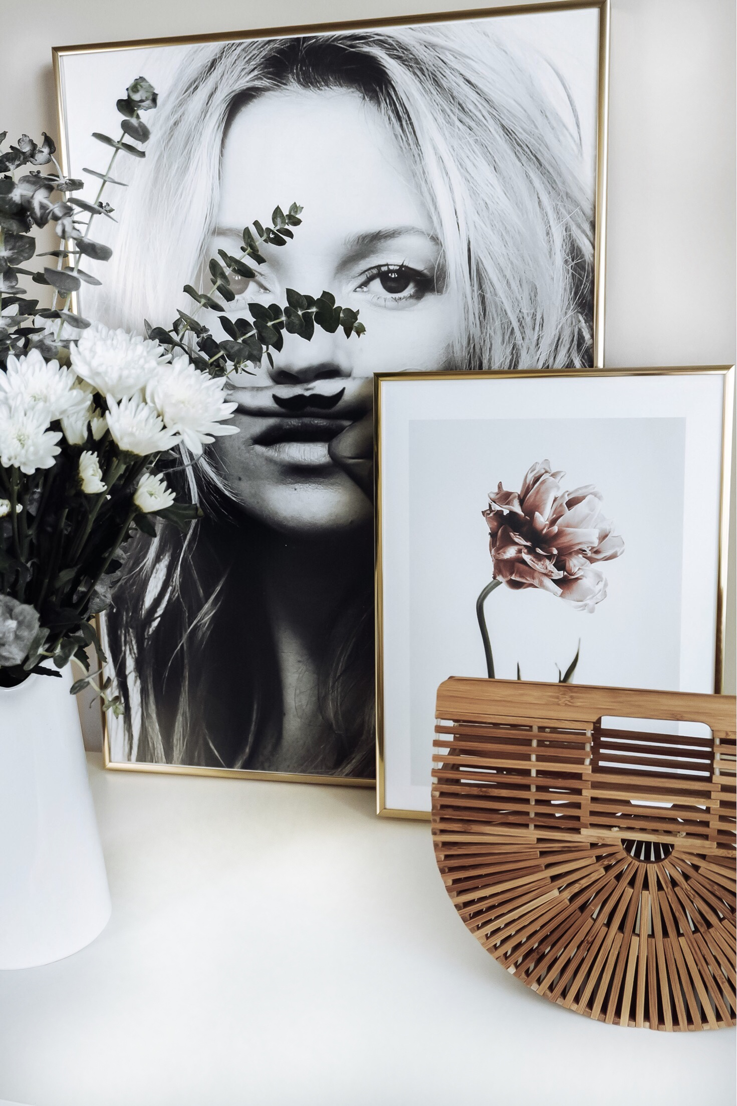 Tiffany Jais Houston fashion and lifestyle blogger | Friday feels | Deseno art prints Kate Moss, Life is a joke print | Scandinavian interiors Pink Tulip Print, home decor  |