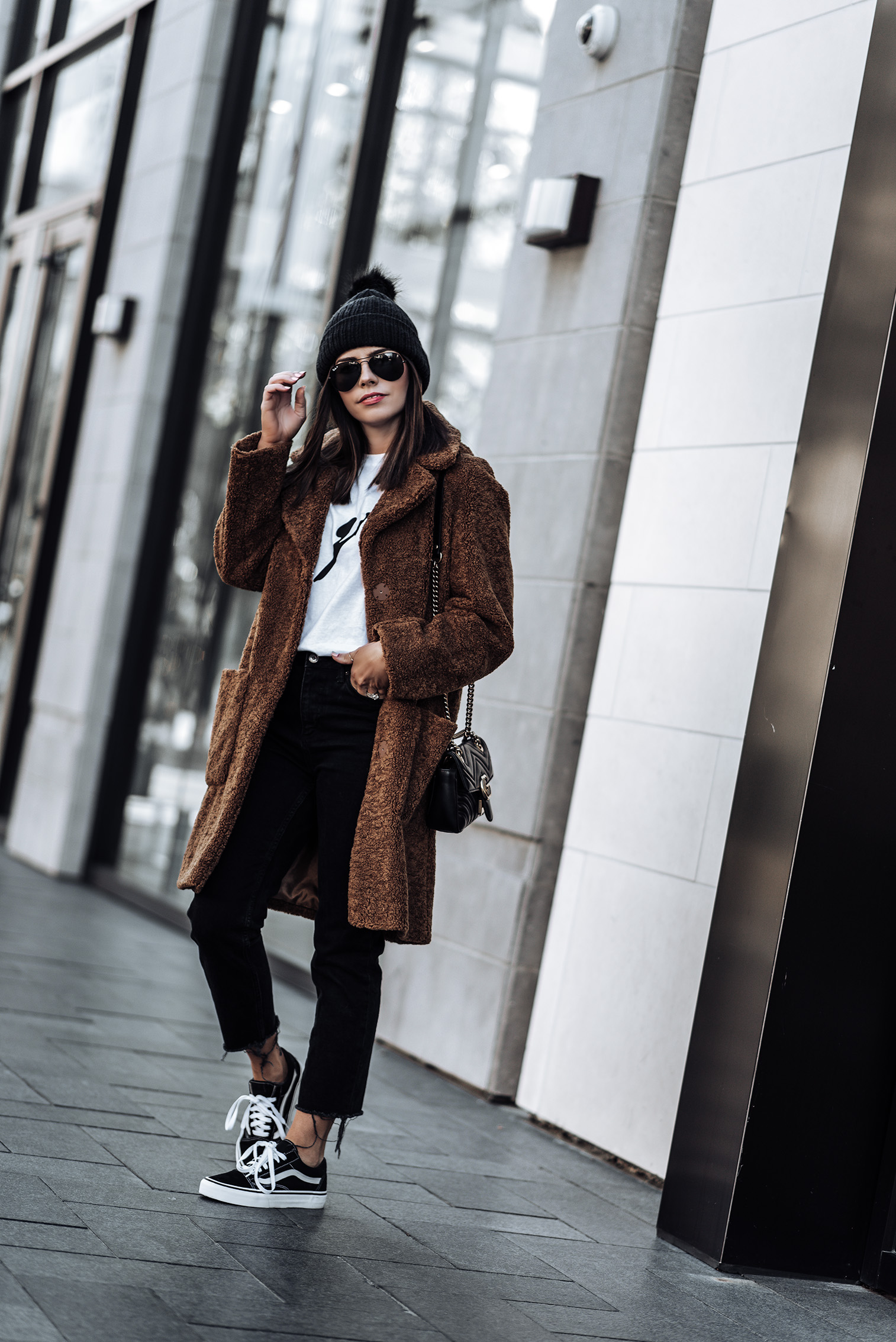 Click to shop the exact look! Teddy Coat (from ASOS, identical here) | Black denim jeans | Les Girls Les Boys Tee | Old Skool Vans | #teddycoatoutfits #winteroutfits #fallfashionoutfits #streetstyle #beanieoutfits