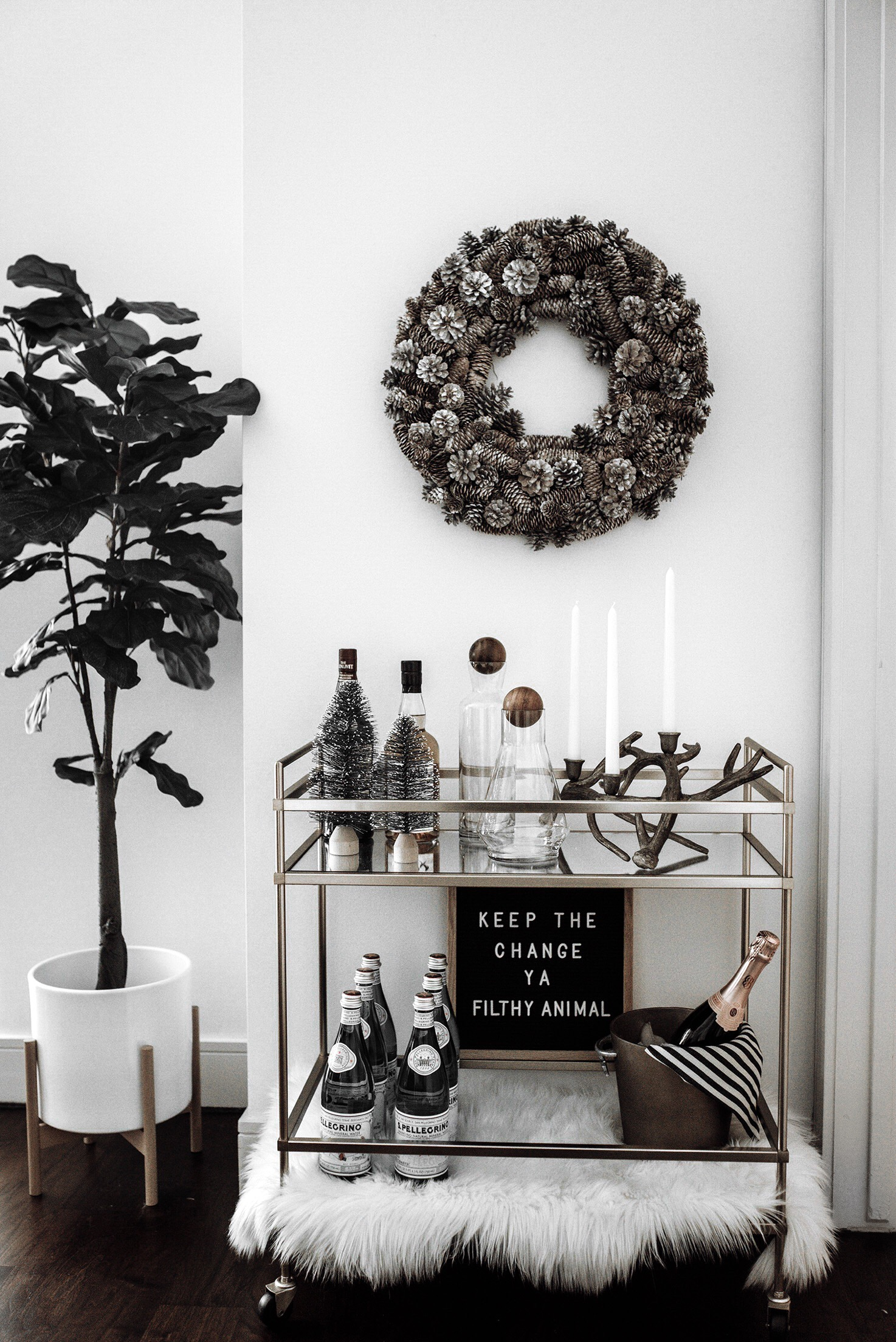Holiday bar cart styling /Tiffany Jais fashion and lifestyle blogger of Flaunt and Center | Houston fashion blogger | Bar cart styling | Streetstyle blog
