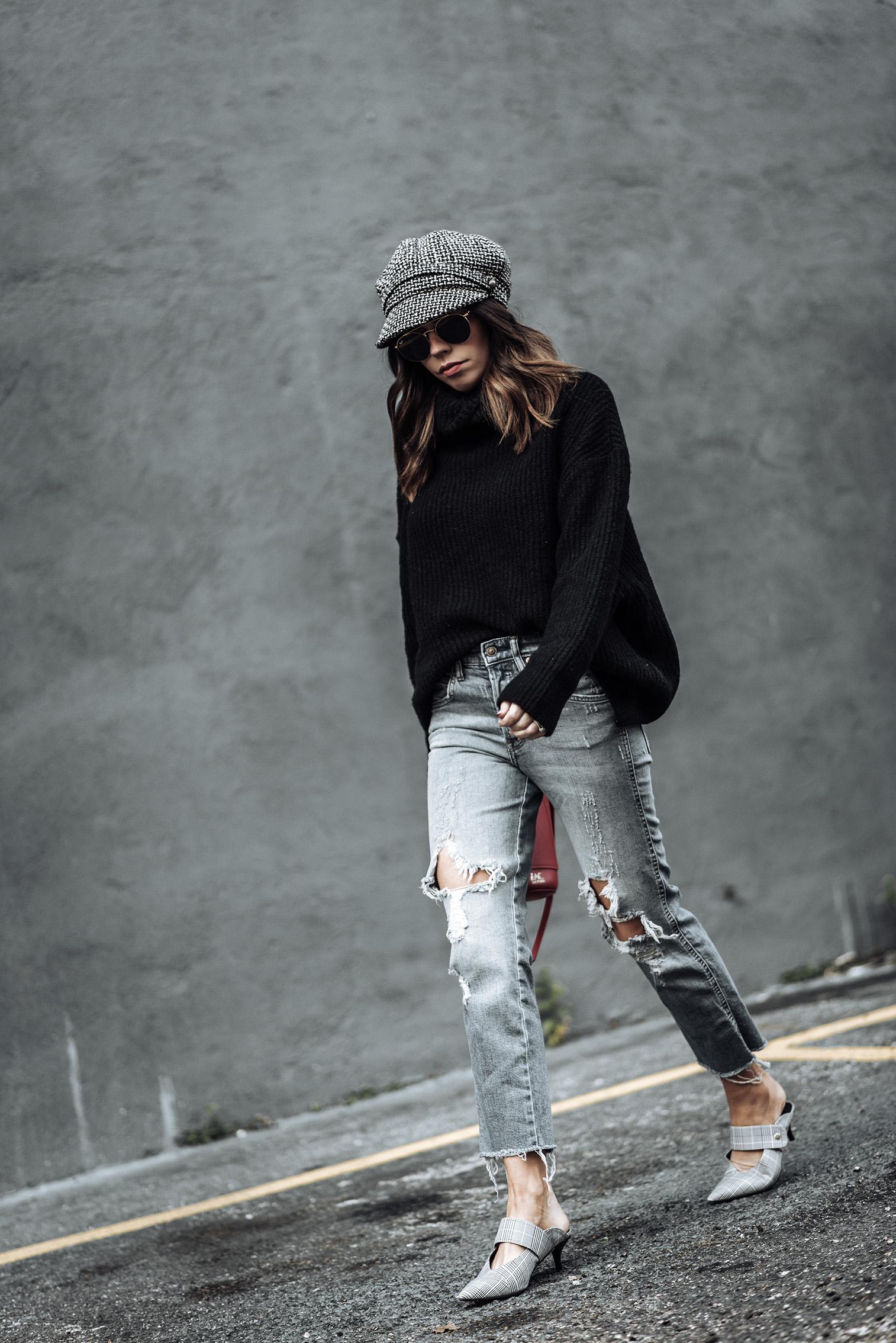 Tiffany Jais fashion and lifestyle blogger of Flaunt and Center | Houston fashion blogger | Friday Feels | Streetstyle blog | #blog #rippeddenim