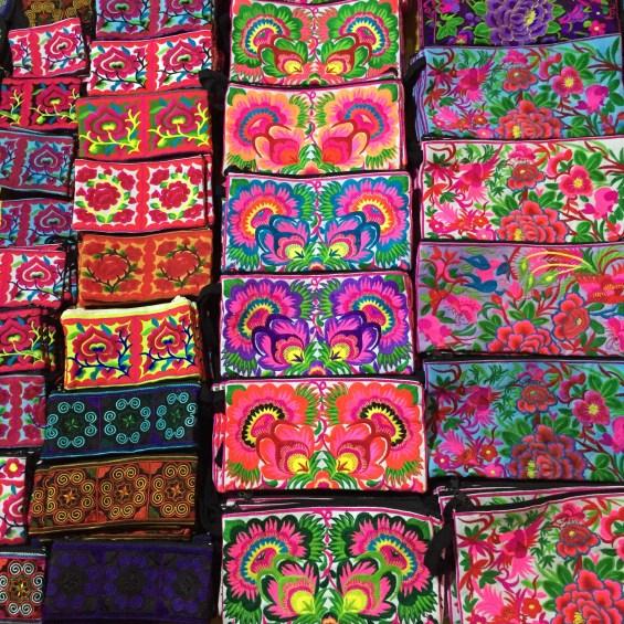 Luang_Prabang_Laos_mercado_Noturno_16