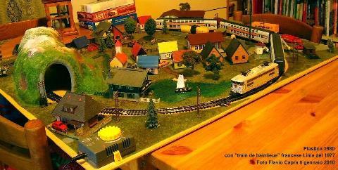 Come costruire un plastico ferroviario in miniatura