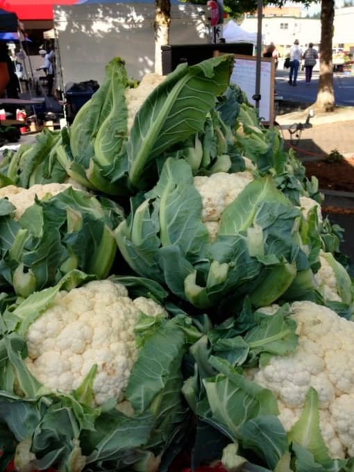 Roasted Cauliflower Soup |www.flavourandsavour.com #cauliflower, #harvest-soup