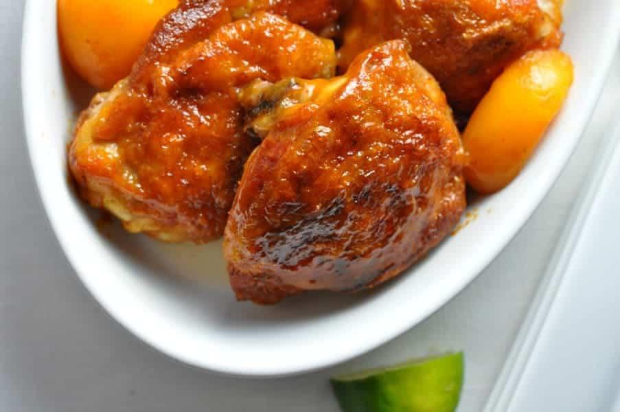Easy Chipotle Peach Glazed Chicken|www.flavourandsavour.com