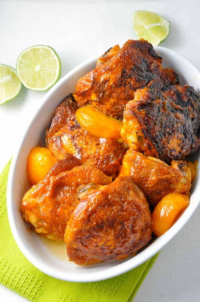 This Easy Chipotle Peach Glazed Chicken needs only 4 ingredients! Crispy chicken with a glaze that's sweet with a little heat. And it's paleo too! |www.flavourandsavour.com