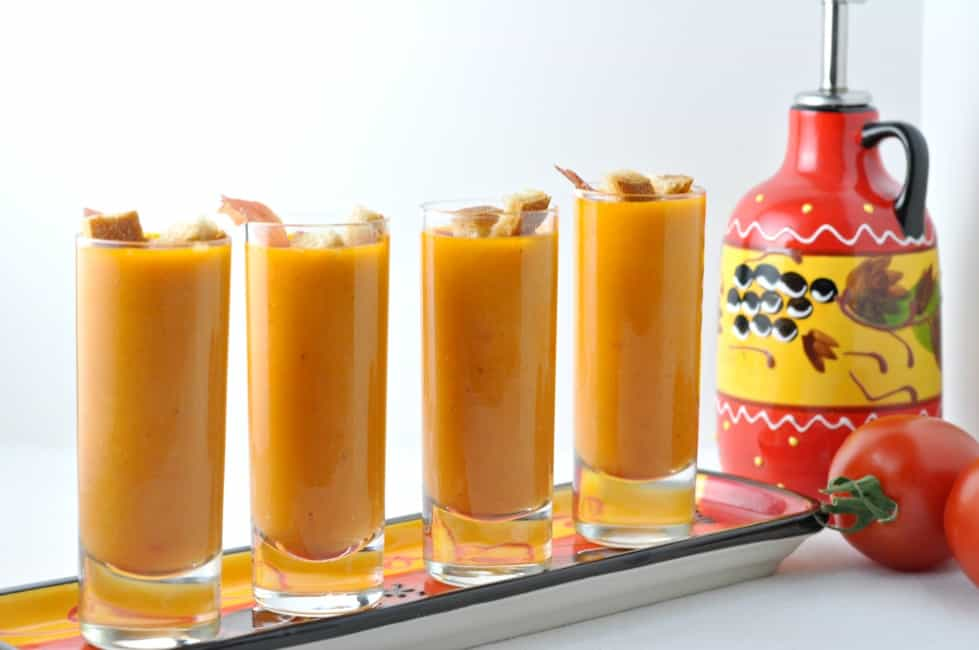 Salmorejo--Chilled Tomato Soup. It's a cousin to Gazpacho, but even better! |www.flavourandsavour.com