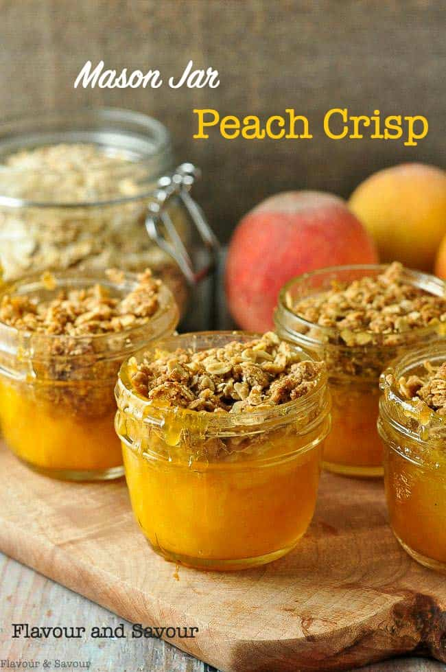 Mason Jar Peach Crisp in small jars