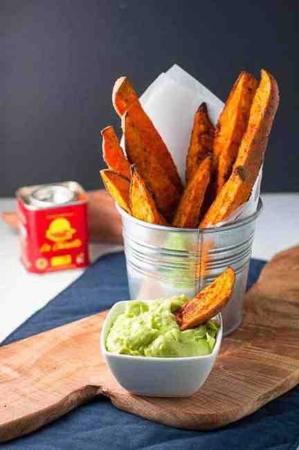 Smoky Sweet Potato Wedges with Avocado Aioli |www.flavourandsavour.com