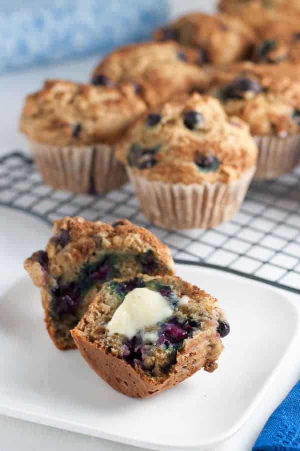 Healthy Low-Fat Blueberry Banana Muffins. |www.flavourandsavour.com