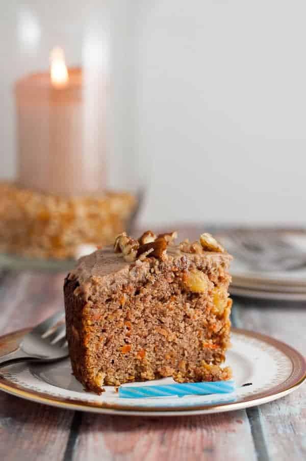 Crowd-pleasing Paleo Carrot Cake with Maple Pecan Glaze. Recipe slightly adapted from Detoxinista. Amazing cake! |www.flavourandsavour.com
