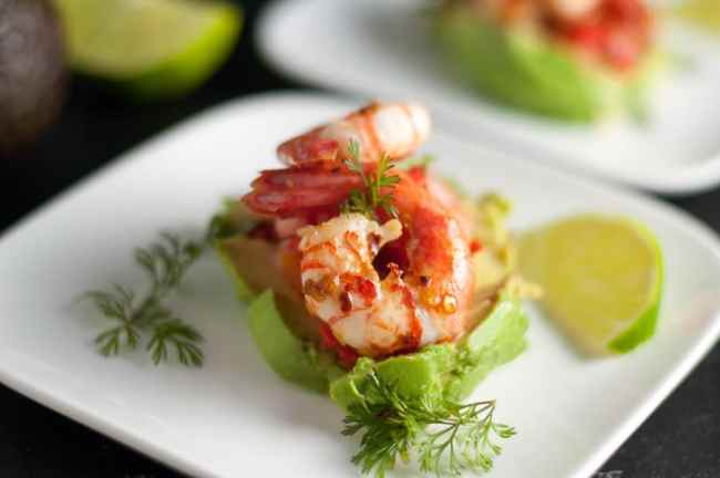 Chili Lime Shrimp with Fresh Salsa. A super easy, but super impressive starter. Fresh avocado and fresh salsa topped with grilled shrimp.