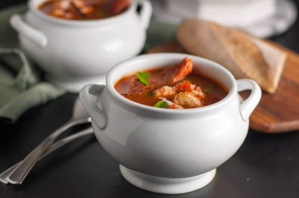 Simple Cioppino that anyone can make. Cioppino is a fabulous fish stew that originated in San Francisco and it featured in top restaurants. Here is a simple way to make it at home, using whatever seafood is available where you live. Restaurant quality food from your own kitchen!
