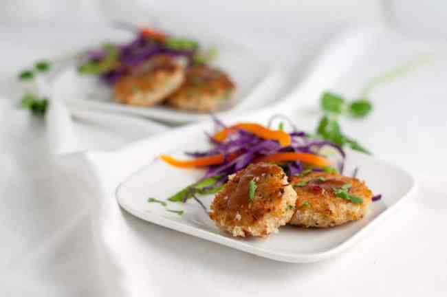 Bangkok Crab Cakes with Spicy Thai Dip. These Bangkok Crab Cakes have all our favourite Thai flavours. They're sweet, salty, sour, and spicy, all in one little bite. |www.flavourandsavour.com