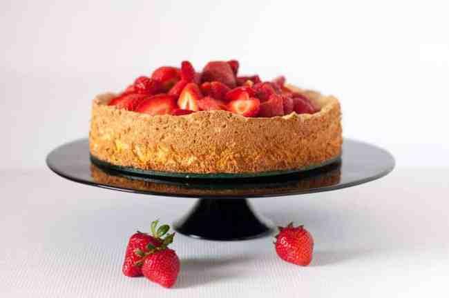Gluten-Free Lemon Almond Cake with Strawberries. A grain-free, dairy-free, light, airy lemony cake! |www.flavourandsavour.com